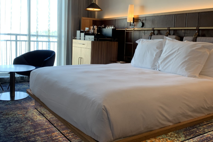 Pier One Hotel Guestrooms Refurbishment main image